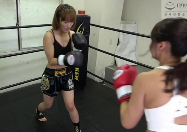 マッスルAV女優の佐久間恵美が格闘技参戦!?超レアなMMAやボクシング試合動画